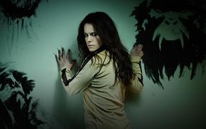 Picture TV series, SyFy, Twelve Monkeys, Jennifer Goines, Emily Hampshire, 12 monkeys