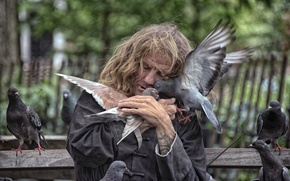 Picture love, birds, New York, pigeons, New York City, homeless