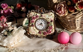 Picture arrows, watch, roses, candles, figures, basket, candle