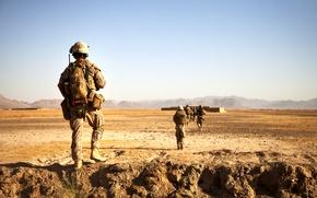 Picture desert, Soldiers, patrol, Americans, Avganistan