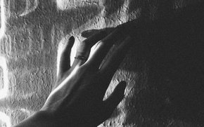 Picture light, wall, hand, shadow