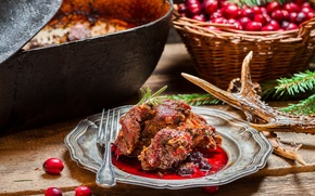 Picture branches, berries, basket, meat, cranberries, Kazan