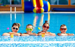 Picture summer, children, smile, pool, glasses, summer, friends, girls, friends, children, Boys, Pools