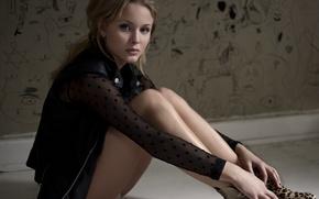Picture girls, singer, Zara Larsson