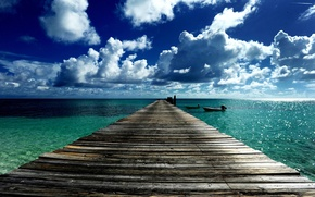 Picture bridge, the ocean, boats, pier