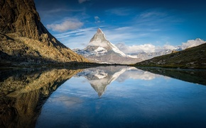 Picture lake, reflection, Alps, the top of the Matterhorn