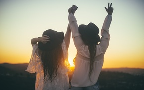 Picture sunset, girls, friendship, friend, hats