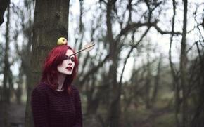 Picture girl, Apple, arrow