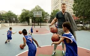 Picture children, sport, balls, actor, Ryan Reynolds, Ryan Reynolds, basketball, photoshoot, Playground, Peggy Sirota