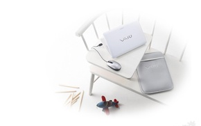 Picture bench, toy, mouse, white background, laptop, sony, vaio
