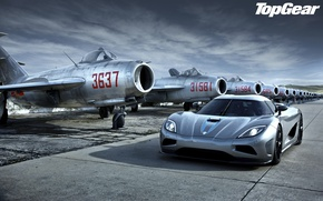Picture the sky, lights, Koenigsegg, fighters, supercar, top gear, the front, aircraft, Agera, top gear, top ...