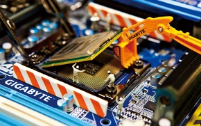 Picture doll, installation, processor, GIGABYTE, motherboard