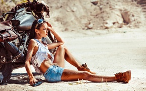 Picture gun, summer, glasses, shoes, girl, brunette, shorts, sand, Mike, fatigue, motorcycle, Harley Davidson, heat, bike
