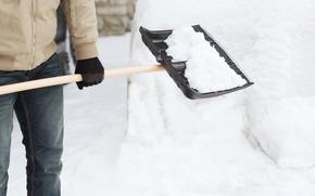 Picture winter, snow, man, gloves, snow shovel