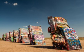 Picture machine, desert, grafiti
