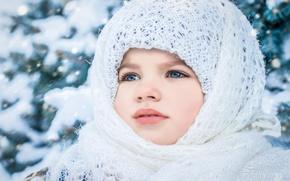 Wallpaper portrait, look, girl, winter, shawl, face