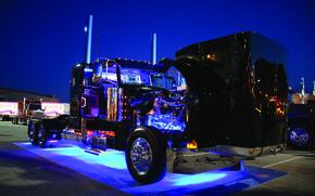 Picture cabin, motor, truck, peterbilt