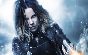 Picture cinema, Kate Beckinsale, wallpaper, fire, flame, girl, gun, Underworld, weapon, woman, blue eyes, snow, movie, ...
