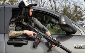 Picture girl, face, hair, hand, tattoo, cap, car, assault rifle