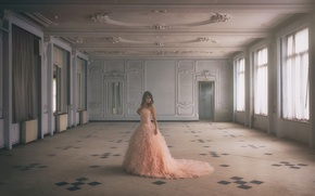 Picture mood, dress, hall