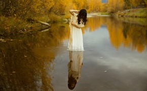 Picture autumn, girl, in the water, Lichon