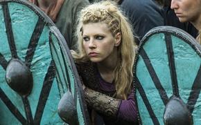 Wallpaper shields, Lagertha, The Vikings, Katheryn Winnick, Vikings