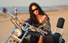 Wallpaper summer, girl, face, hair, glasses, shirt, bike