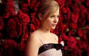 Picture roses, actress, profile, actress, Chloe Grace Moretz, Chloe Grace Moretz