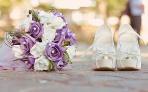 Picture bouquet, ring, shoes white