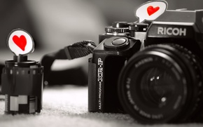 Picture macro, the camera, paper, heart, feeling, love, black and white, grey background, film, camera, love, ...