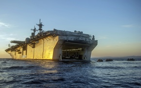Picture weapons, army, landing, USS Essexбamphibious assault ship