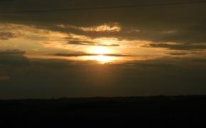 Picture the sky, the sun, sunset, horizon
