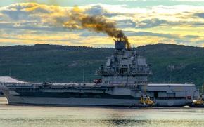 Picture cruiser, The Northern Fleet, Admiral Kuznetsov, carrier
