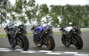 Picture white, blue, black, Три Yamaha YZF-R1