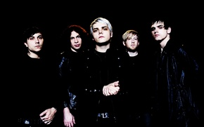Picture gerard way, mikey way, my chemical romance, frank iero, ray toro, bob bryar, the black …