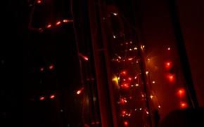 Picture lights, window, garland