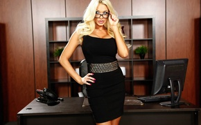 Picture look, model, interior, glasses, blonde, office, Summer Brielle