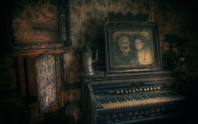 Picture portrait, keys, body