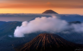 Picture the sky, clouds, sunset, fog, Indonesia, Java, Tengger, volcanic complex-the Caldera TenGer, active volcano Bromo