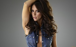 Picture pose, background, actress, brunette, Jennifer Love Hewitt, dzhinsovka, Jennifer Love Hewitt