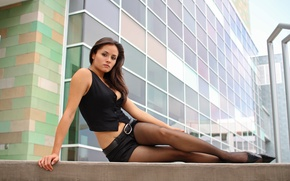 Wallpaper girl, the city, on the steps, in pantyhose