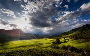 Picture the sun, clouds, mountains, valley, the sun's rays, South Africa, province of KwaZulu-Natal, Kwa-Zulu Natal