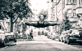 Picture girl, the city, jump, street, dance, flight