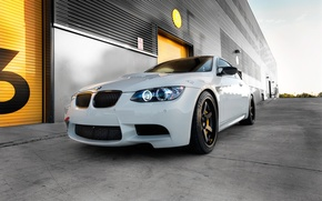 Picture white, black, bmw, BMW, white, wheels, drives, e92, daylight, wolf racing, volk racing