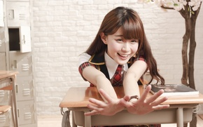Picture girl, face, smile, hair, hands, fingers, Parta