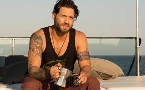 Picture frame, Edgar Ramirez, tattoos, yacht, On the crest of a wave, Edgar Ramirez, Point Break, ...