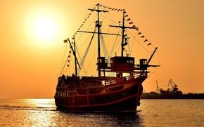 Picture sunset, sailboat, three-masted Carrack, Santa Maria