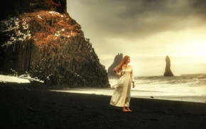 Picture girl, rocks, shore, TJ Drysdale, Heart Of The Sea