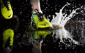Picture sport, puddle, running