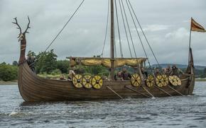 """Picture the series, Vikings, The Vikings, """"ship-dragon"""", Drakkar, sailors"""